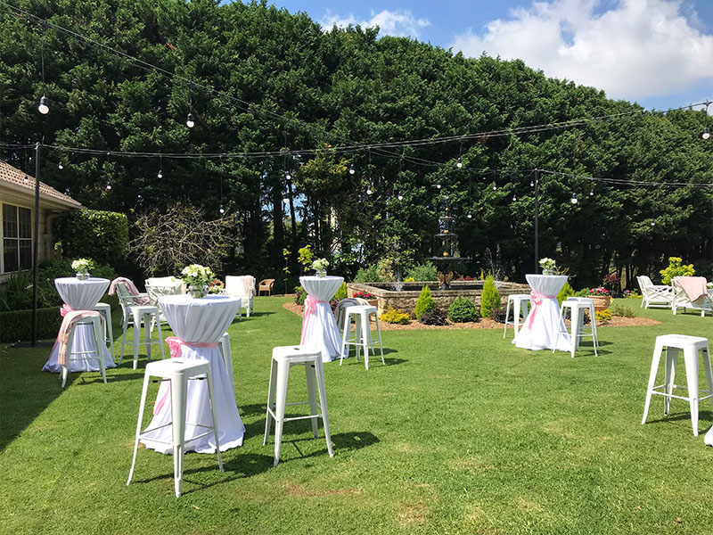 When it comes to styling an outdoor wedding, a lot of factors come into play! Is the ground soft or solid, what flora and fauna surround the area and most importantly, how do we make it entertaining yet comfortable