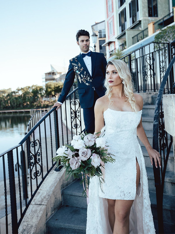 A collaboration with the Gold Coast's finest wedding suppliers, created a sophisticated wedding shoot at The French Quarter Emerald Lakes.